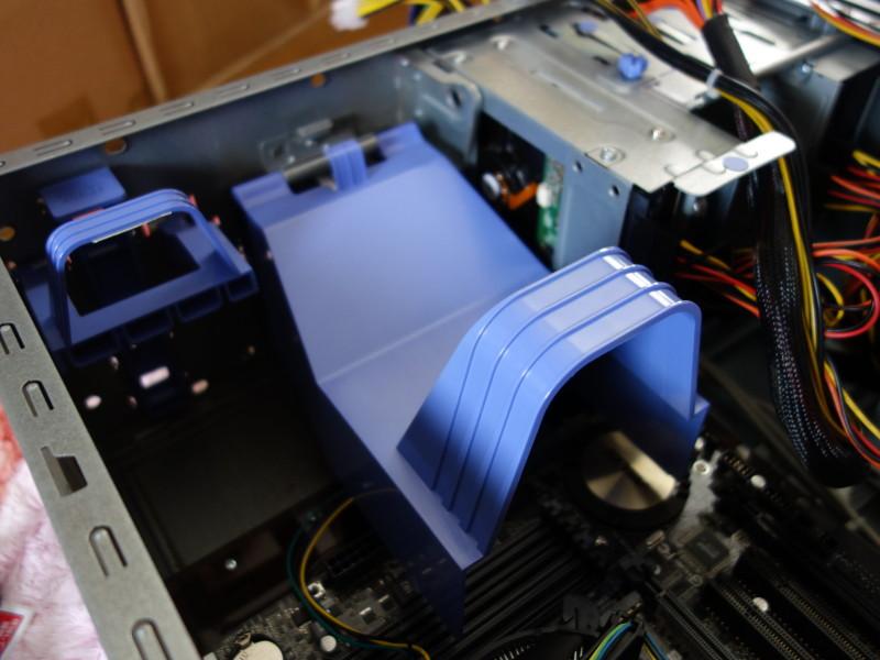 IBMのx3105中身総入れ替え!古くなったメーカー製PCを自作機にする_31