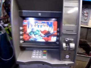【観覧注意】DoomをATM・デジカメ・プリンターで動かす!な動画
