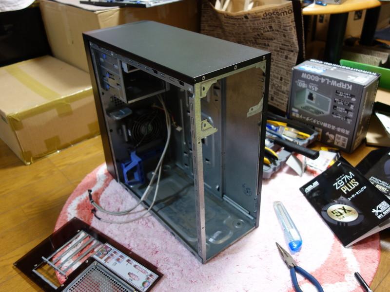 IBMのx3105中身総入れ替え!古くなったメーカー製PCを自作機にする_06